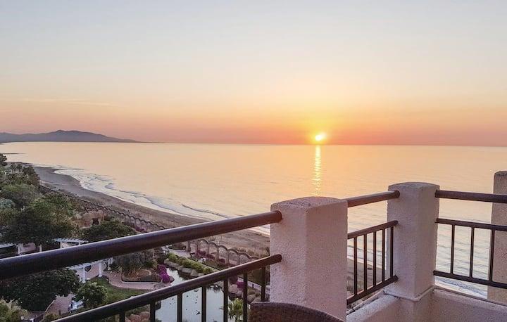 Acogedor apartamento con vistas al mar