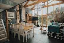 Open plan sitting room/dining area