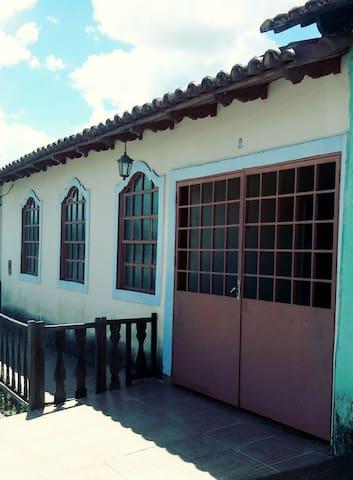 Casa da Célia - Quarto com ar