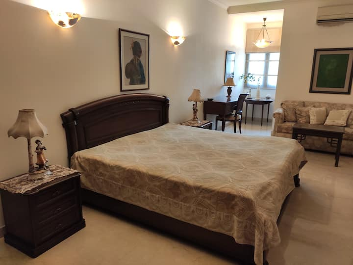 Serenity Room in South Ex   2 mins walk from metro