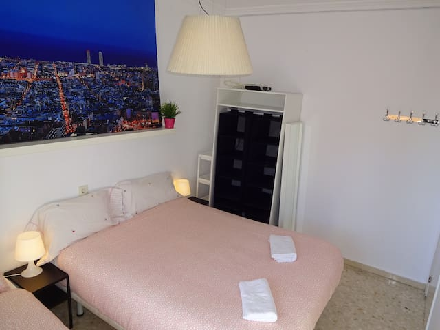 4.2Barcelona Sabadell Private Room (Full Services)