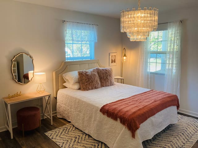Boho glam room with queen bed