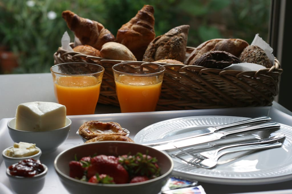Breakfast in the morning for 4,00 euro pp.