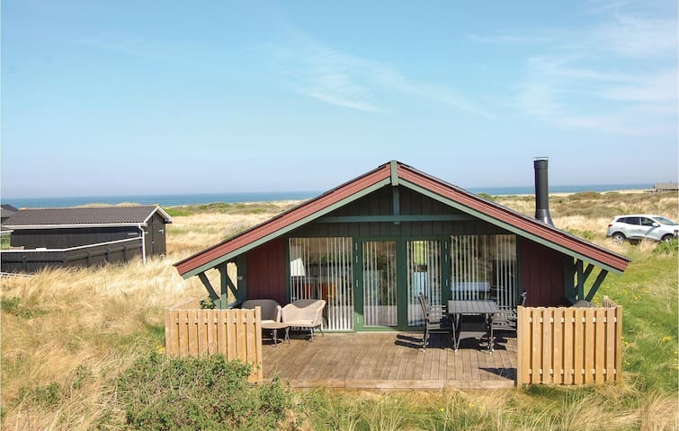 Holiday cottage with 3 bedrooms on 85m² in Hjørring
