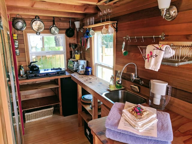 The kitchen - well stocked and surprisingly spacious for 40 square feet.