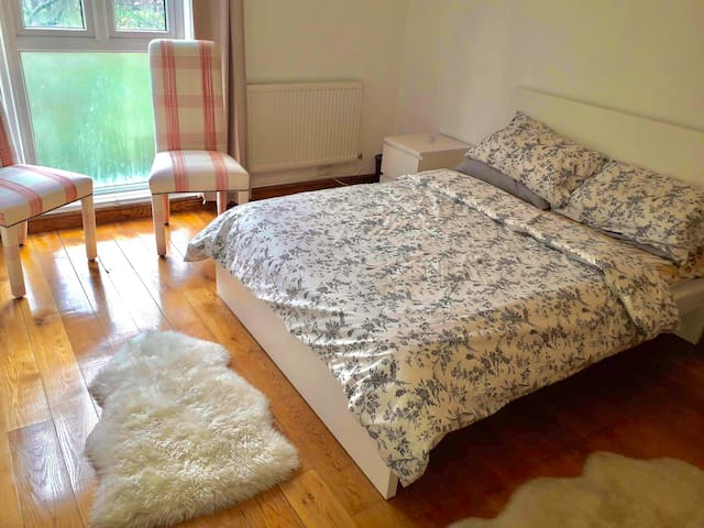 Double Room in Paddington