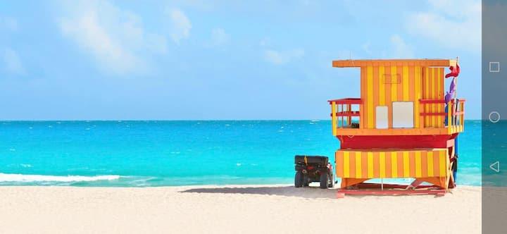 Miami Beach Apartment 2 blocks from Ocean Drive