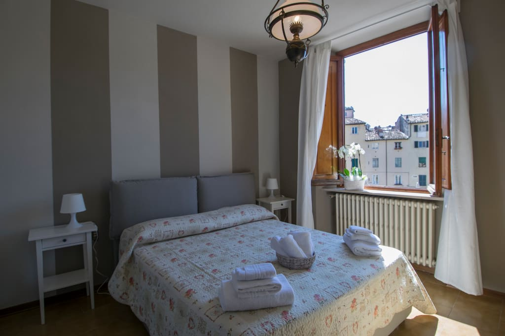 4 bedrooms apartment in anfiteatro wifi aircondit flats for Anfiteatro apartments