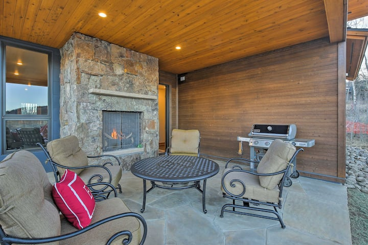 Newly Built Silverthorne Home w/Upscale Amenities!