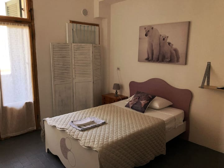 Cozy & Cheap Single Room Verona Dreaming