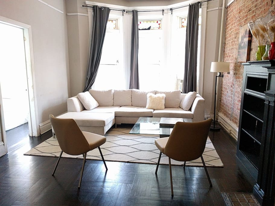 Pre war apartment with terrace apartments for rent in for 125 crown terrace