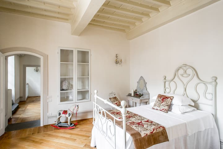CHARMING  SUITE  WITH TERRACE - Greve in Chianti - Apartment