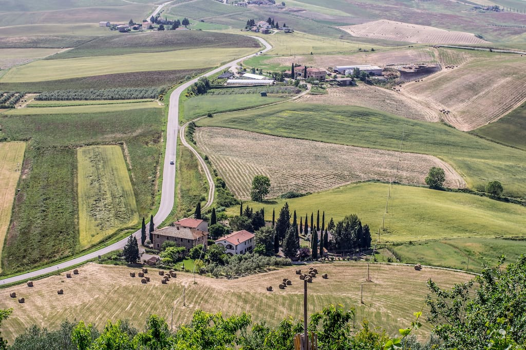 Wonderful panorama of Val'Orcia from the public park || Bellissima vista dal parco pubblico adiacente