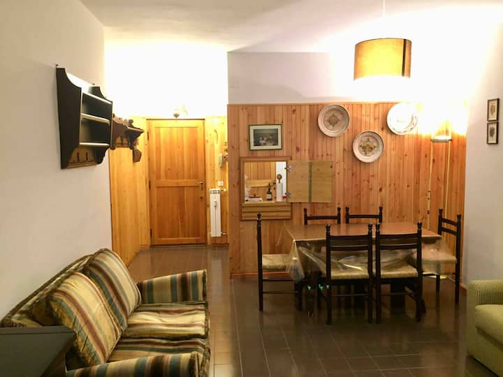 HONEY HOUSE RIVISONDOLI