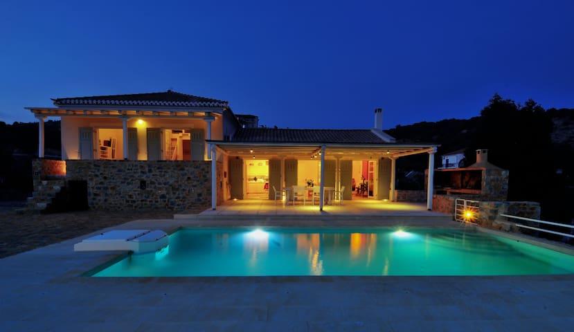Danae's Villa Gythio - Lakonia - Huvila