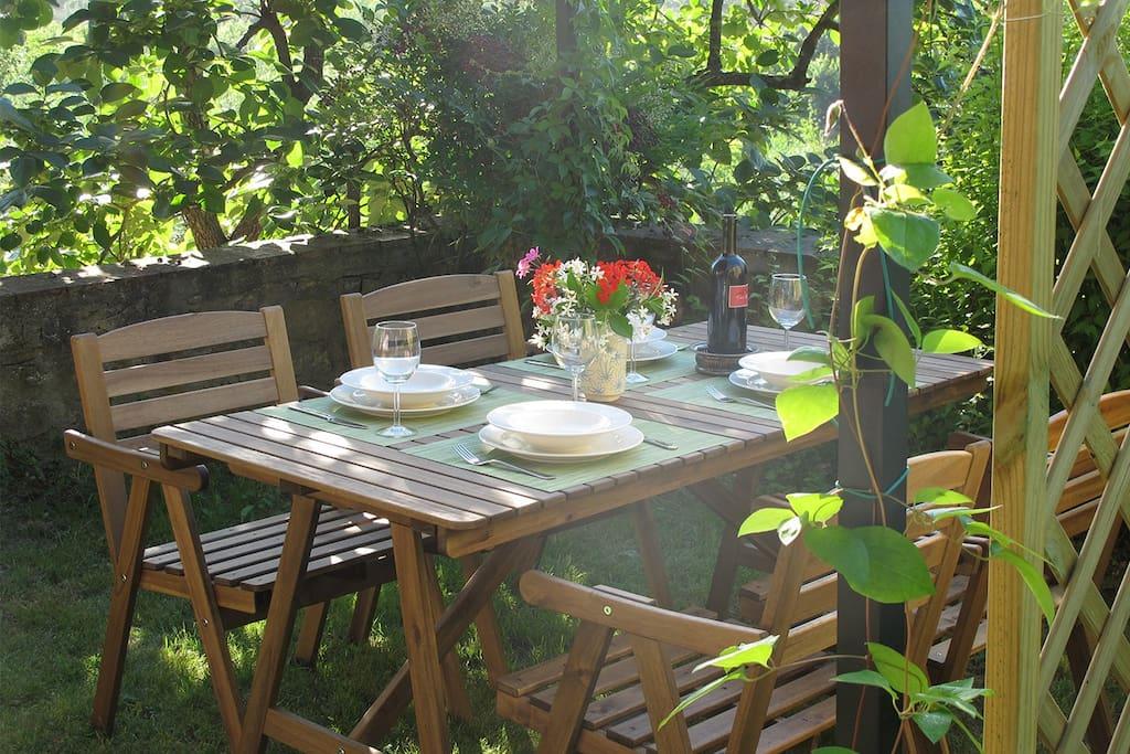 La casa rosa del galluzzo suite degli ospiti in affitto for Piani casa degli ospiti