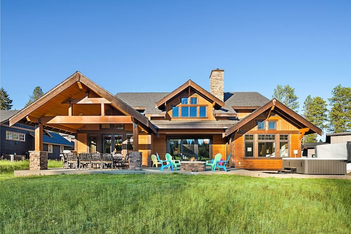 Swiftwater Lodge - New!-Stunning golf course home with southern exposure! 300 yards from the Winery!