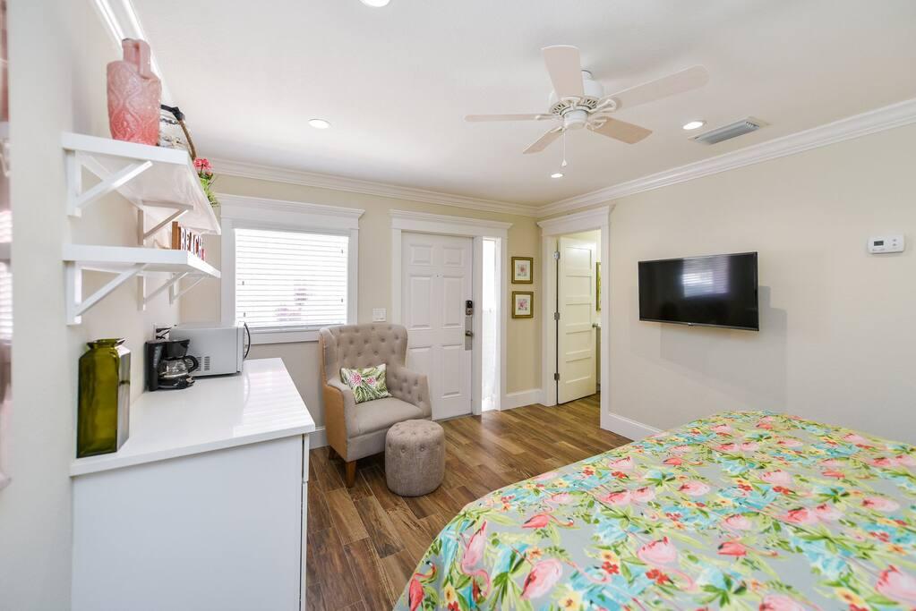 Kitchenette, Sitting Area, and Large HDTV