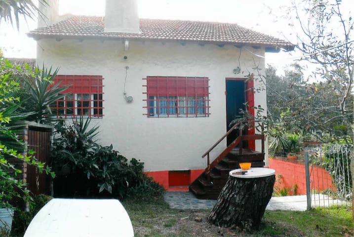 MAISON CASA FAMILIAR  VILLA GESELL. - Villa Gesell - Huis