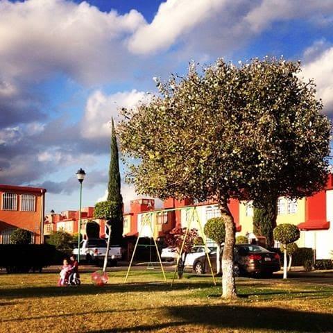Casa completa en frac. privado, Angelópolis