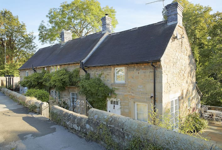 Bridge Foot Cottage