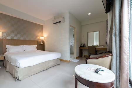 Chiayi Rest (602): A romantic room for two