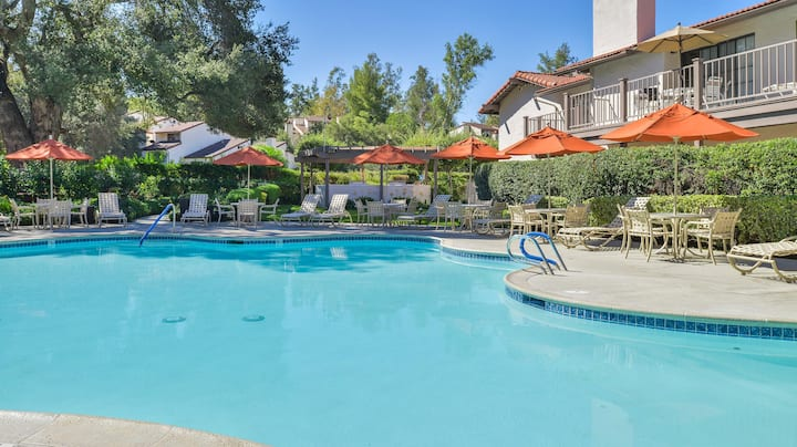 Riviera Oaks Resort & Racquet Club - 2 Bedroom