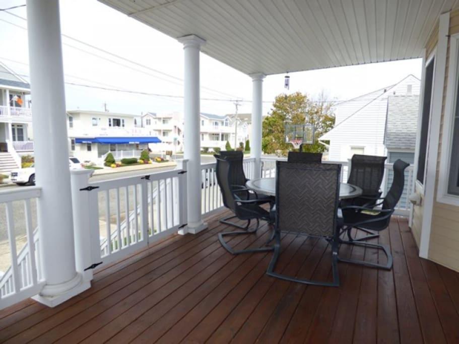 Big Front Porch