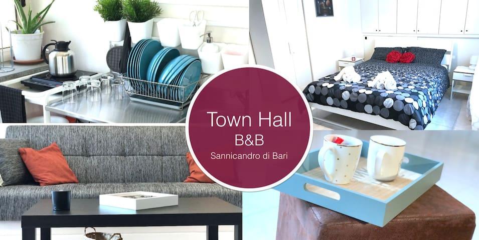Town Hall B&B: 3 double bedrooms with 2 bathrooms - Sannicandro di Bari - Aamiaismajoitus