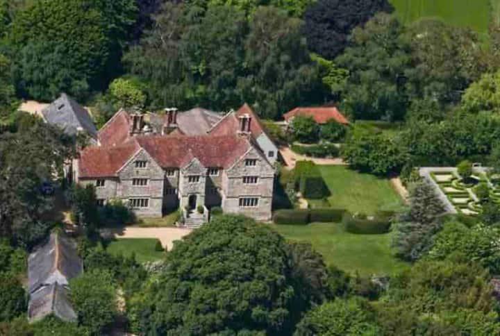 The Nook, Arreton Manor