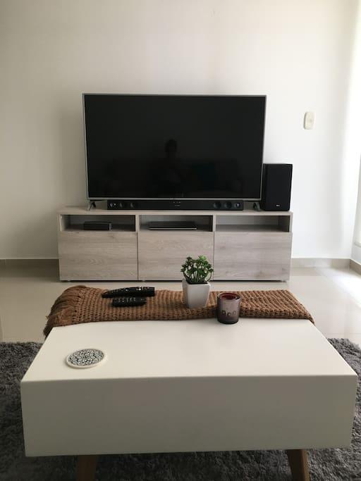 "Sala, TV 55"" / Living Room"