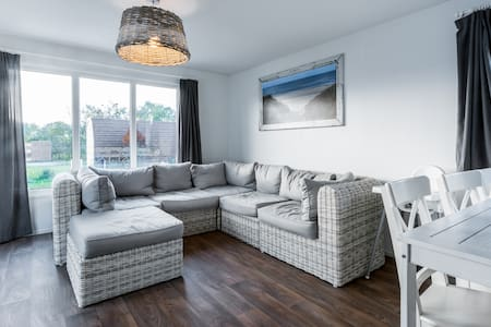 4. Beachhouse, 1km Sea, Swim.pool, nature, Camping - Petten