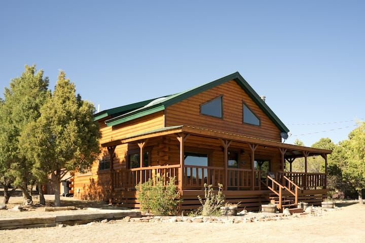 Upper Alpine Home w/ Beautiful Mountain Views & WiFi - Great for ATVs, Fishing!