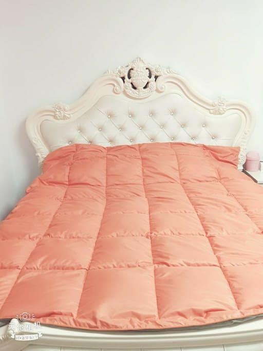 全新欧式大床!品牌床垫!