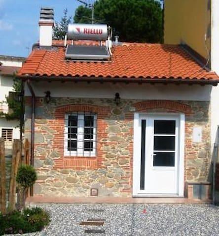 Casa Vacanza Toscana 8 km da Lucca - Porcari - Complexo de Casas