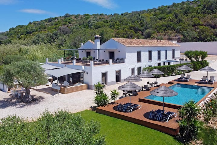Funky Algarve Garden Suite in Trendy & Rural B&B