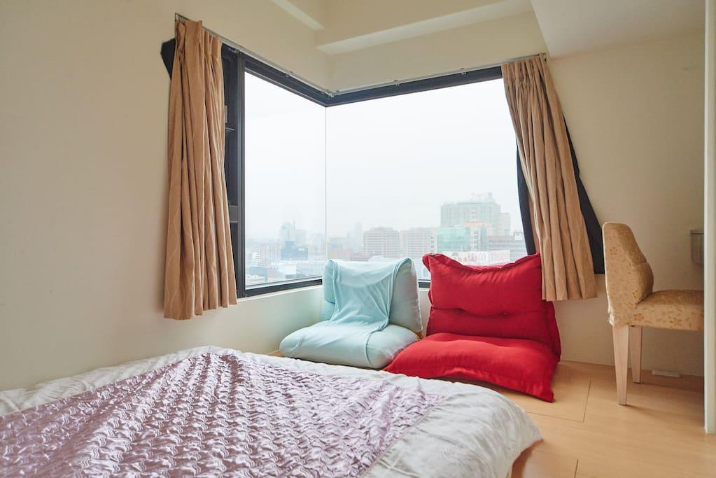 次臥室 Bed room2
