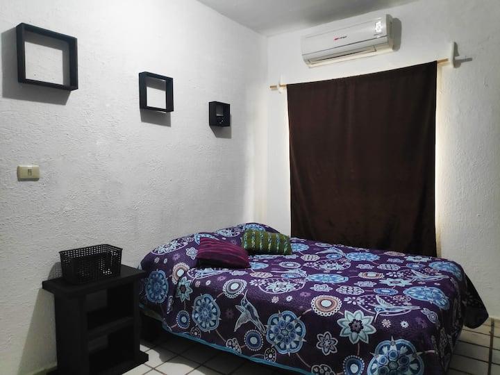 Suite equipada y privada cerca de Fundidora y BBVA