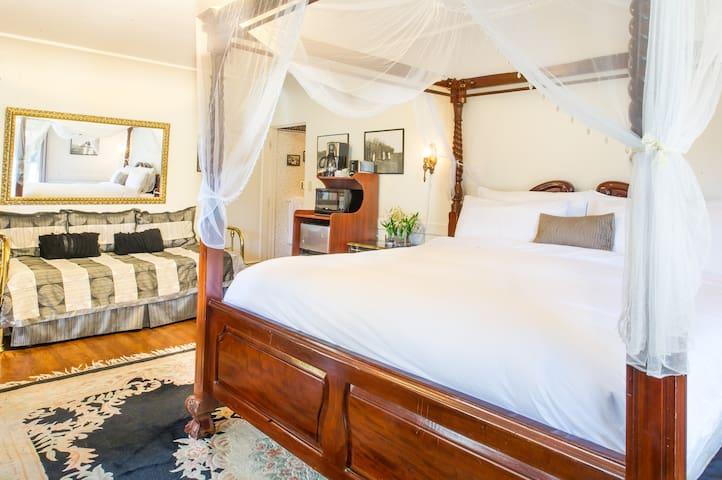 Private East Beach Suite - Santa Barbara - Apartmen