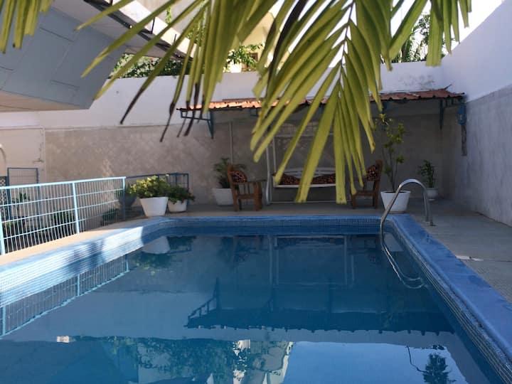 La HAIE VIVE Confortable calme agréable piscine