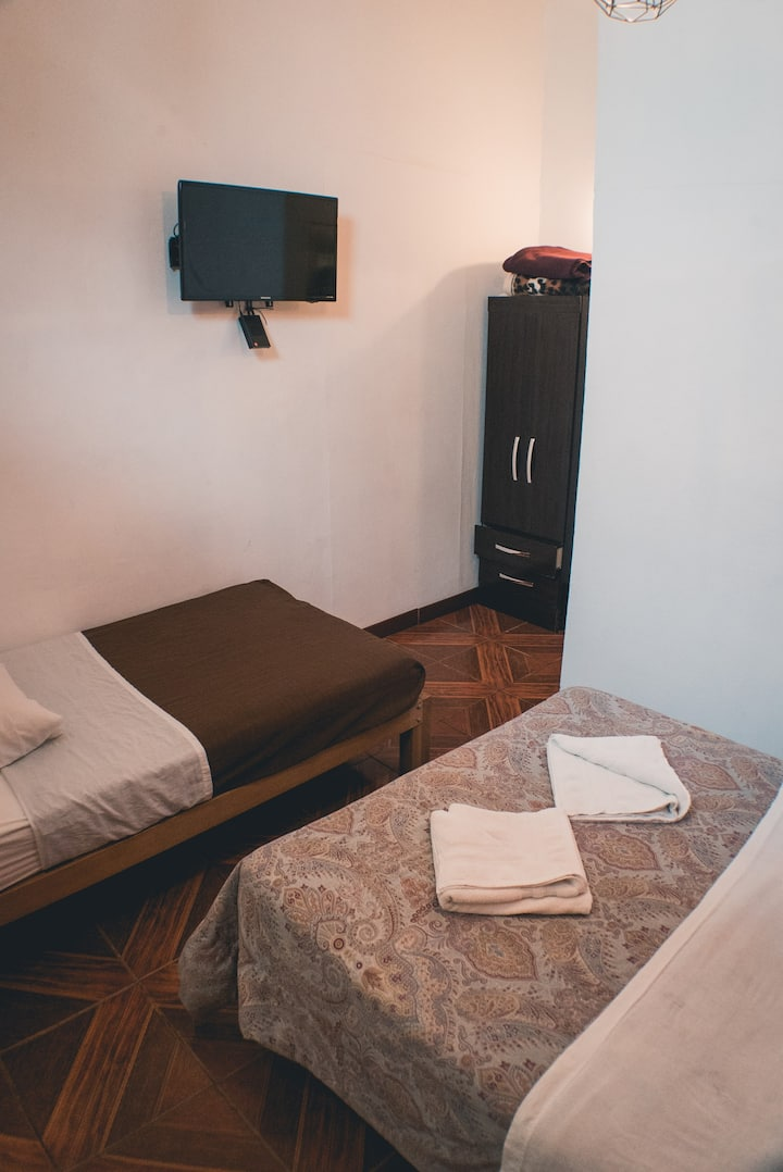 Double Private room for 2 in center of Miraflores