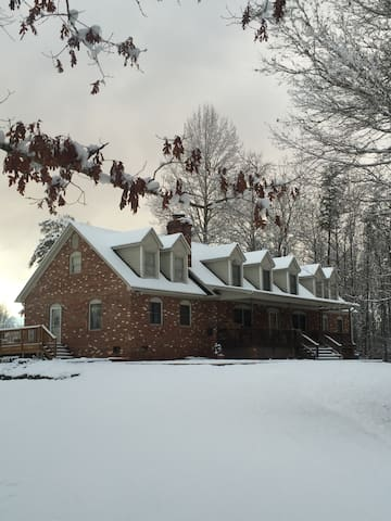 """The Stewart House - Home of """"Old Rag Sunsets"""""""