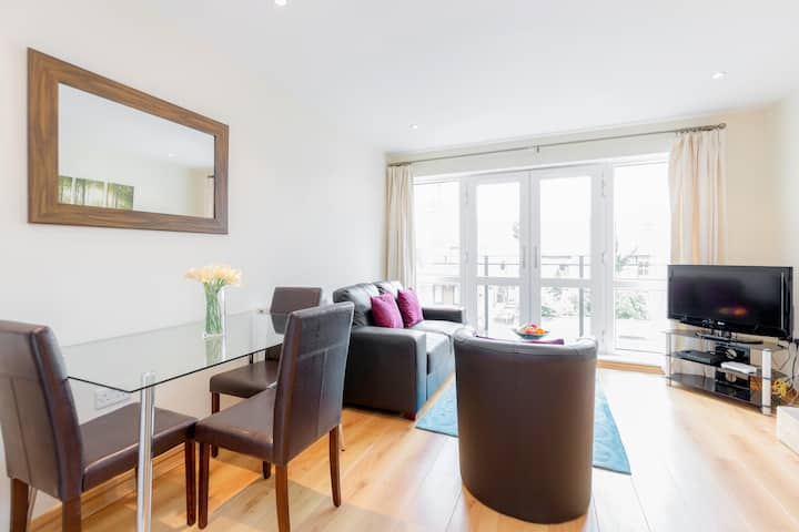 Excellent one bedroom apartment in Guildford