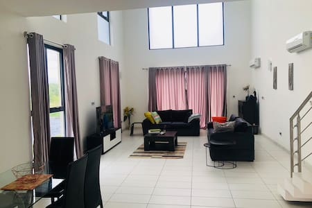 affordable luxury in Lakuwe golf estate