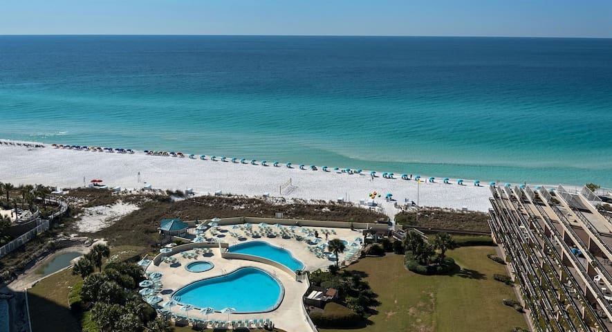 Edgewater #1301 - 2 Bd/2 Ba Condo With Gulf View!