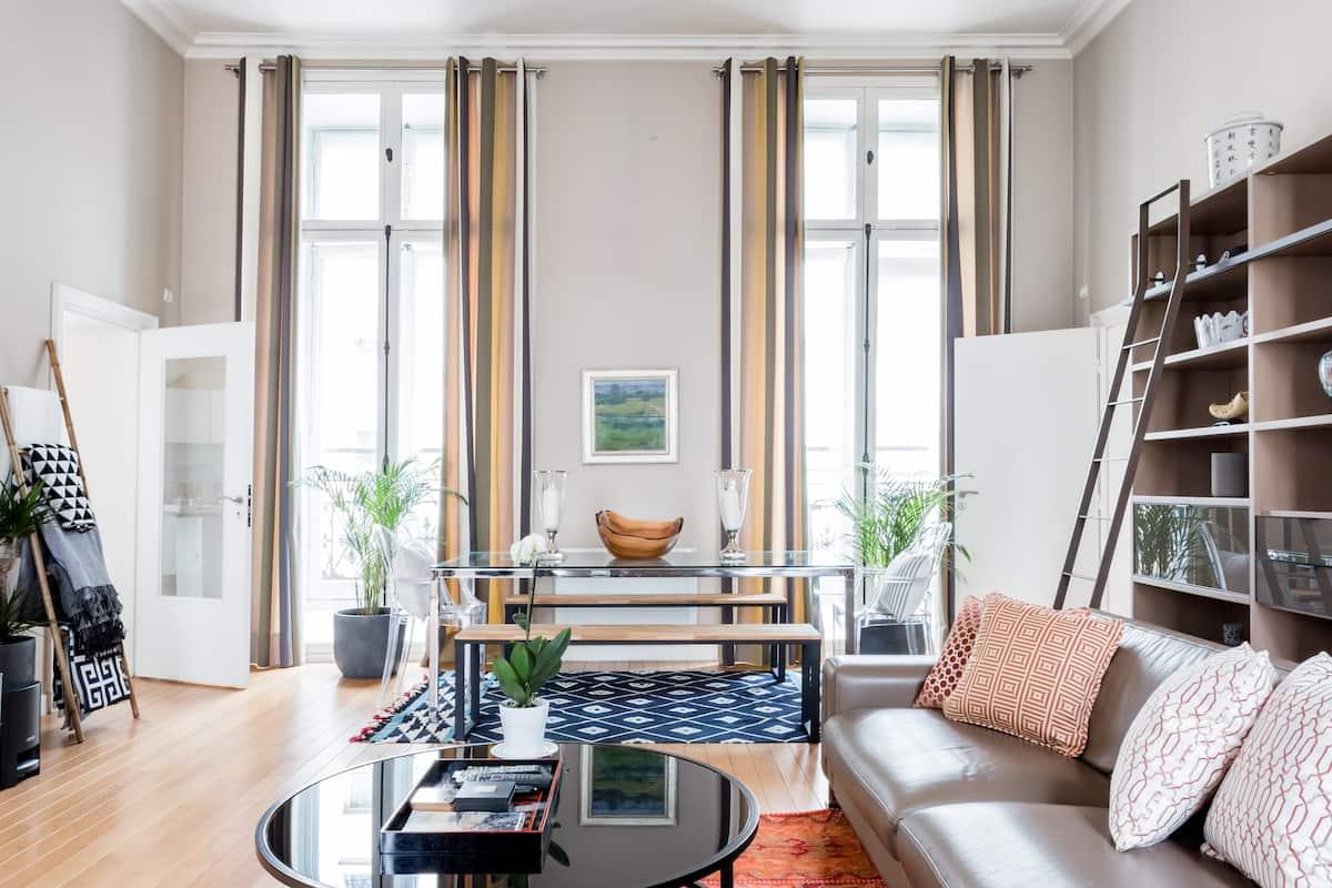 Chic Apartment in Marais