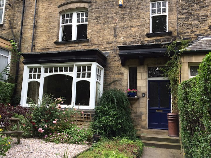 Single room in conservation area near City Centre