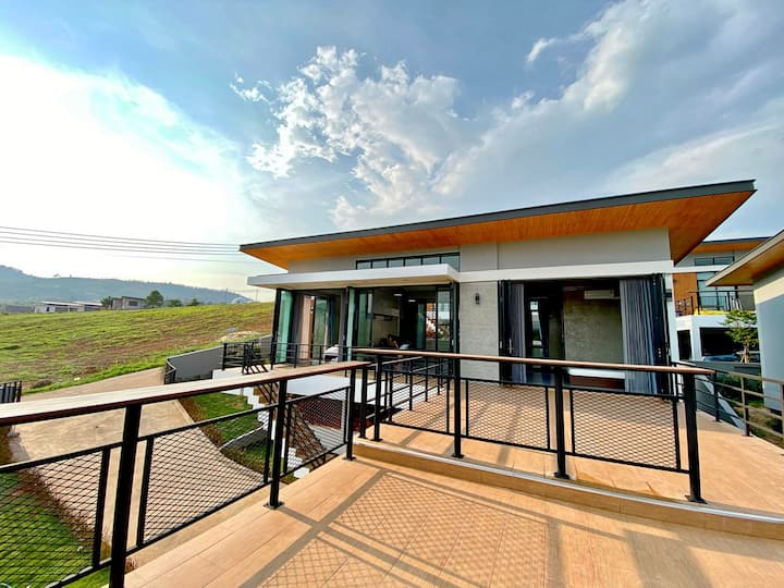 Luxury Villa in Khao Kho (Newly Opened in Apr'21)