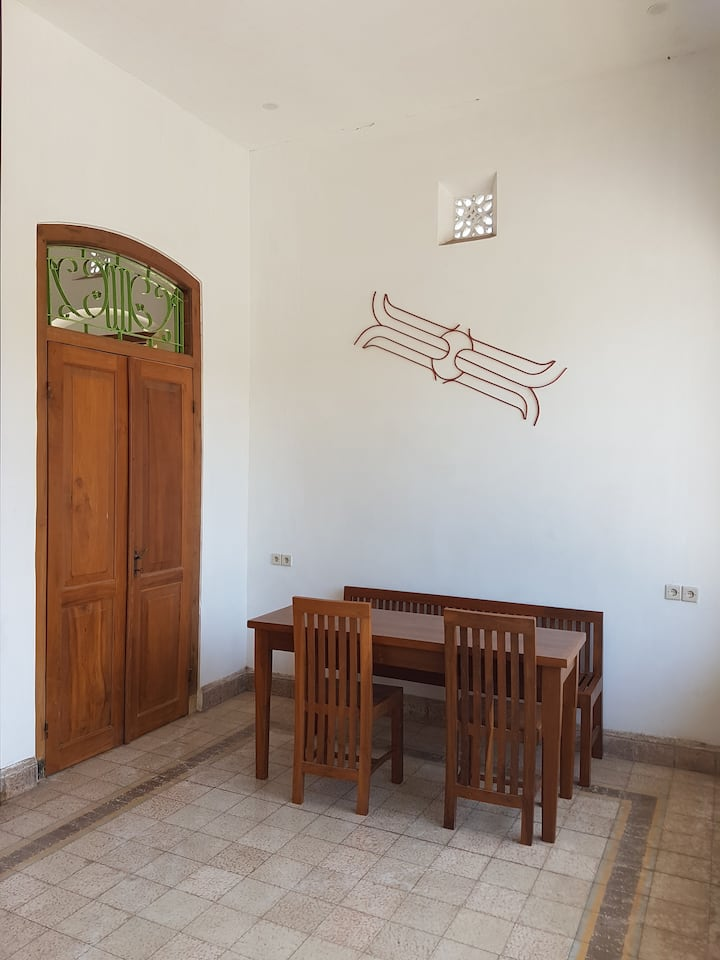 iLOMBA guest house