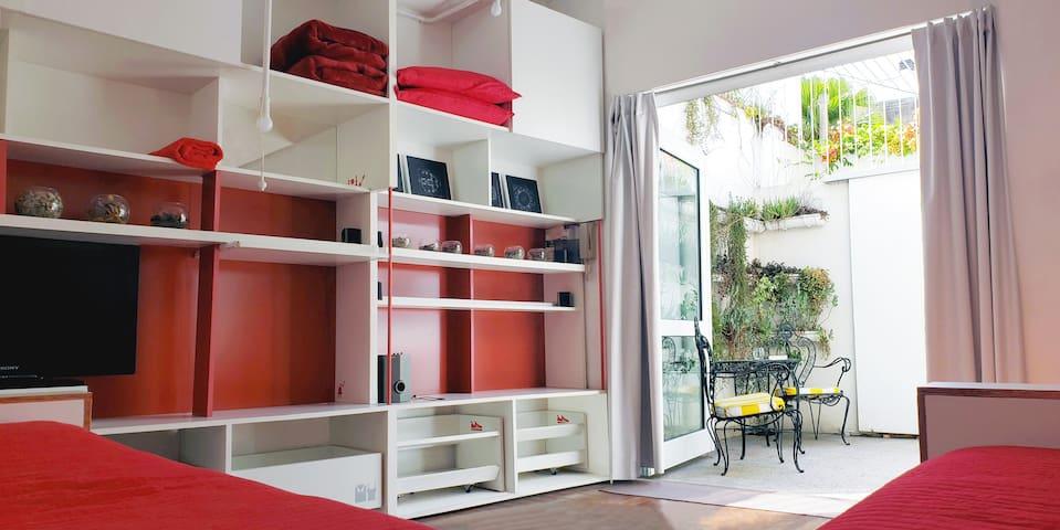 House w/ patios, light, peace & comfort